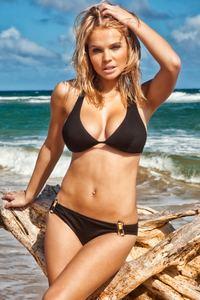 Bikini. istockphoto/jhorrocks